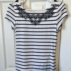 Black/white stripe too w/ blue/silver/black decor